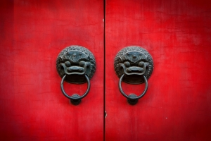 0-china-red-door-lions.jpeg