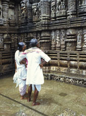 L-21-2158-temple_of_the_sun__konarak__orissa_state__india-Z00DC6KW.jpg