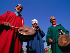 L-21-2189-three_musicians_with_drums_and_a_trumpet__delhi__india-Z00DAF8A.jpg